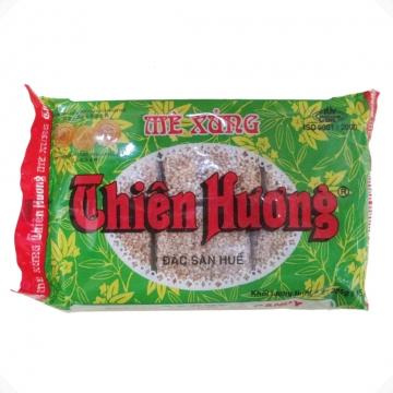 Нуга Дак Сан Хюэ с кунжутом и жареным арахисом Dac San Hue 500г