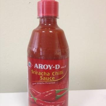 Острый чили соус Шрирача Sriracha Sauce Aroy-D 510 г